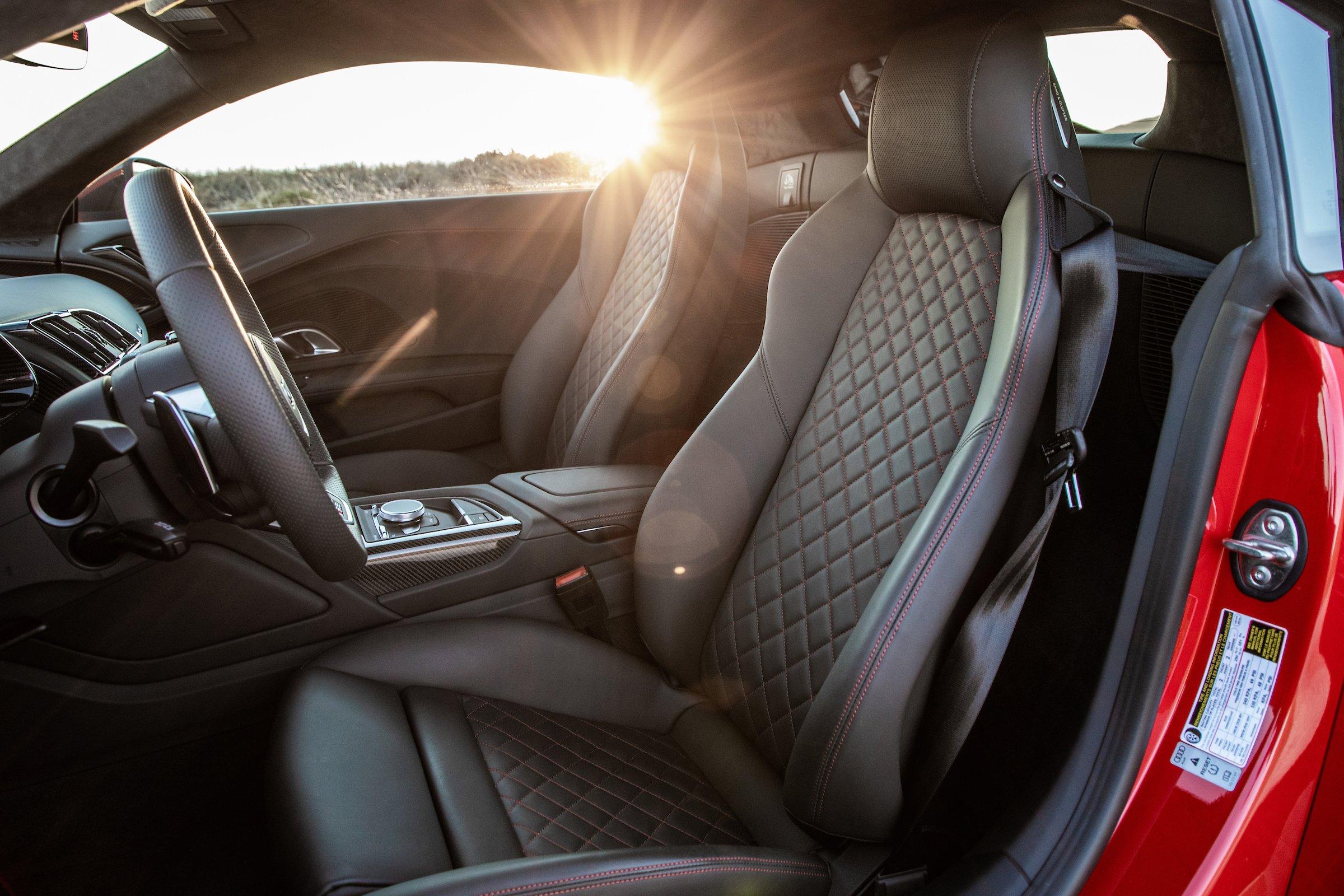 2020 Audi R8 Interior