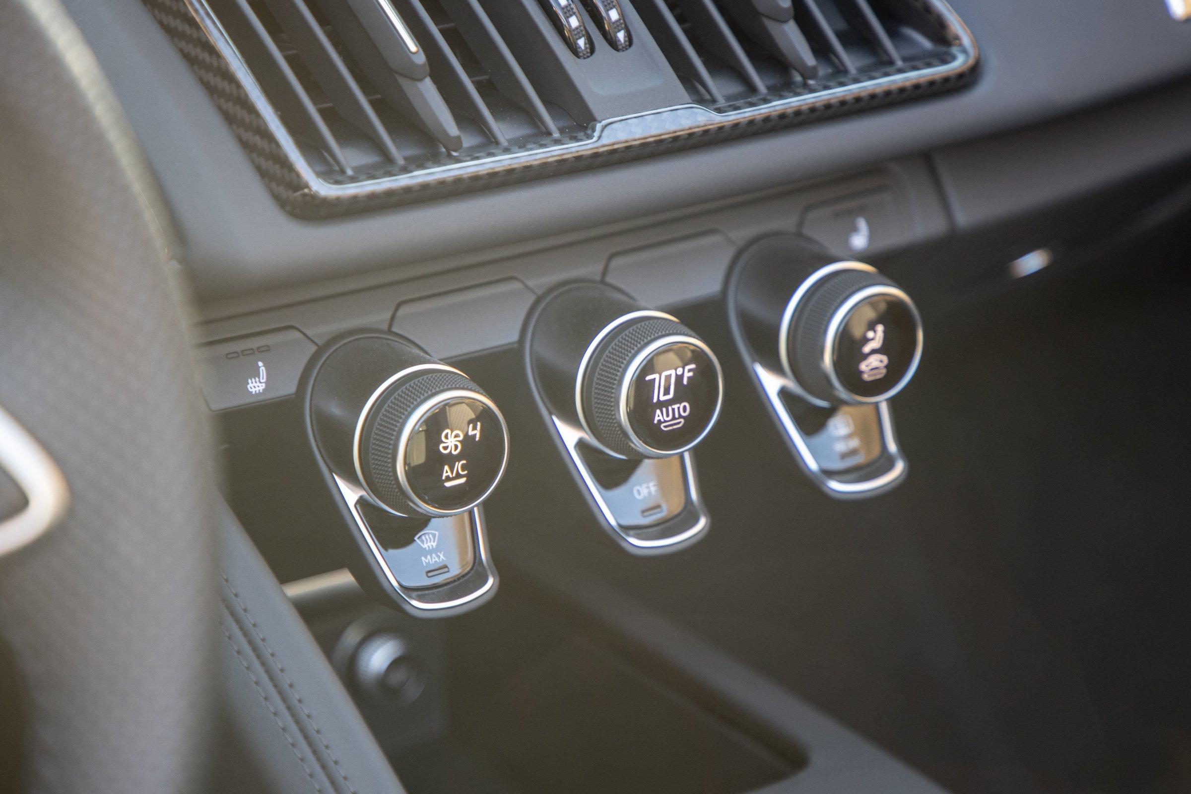 2020 Audi R8 Climate Control