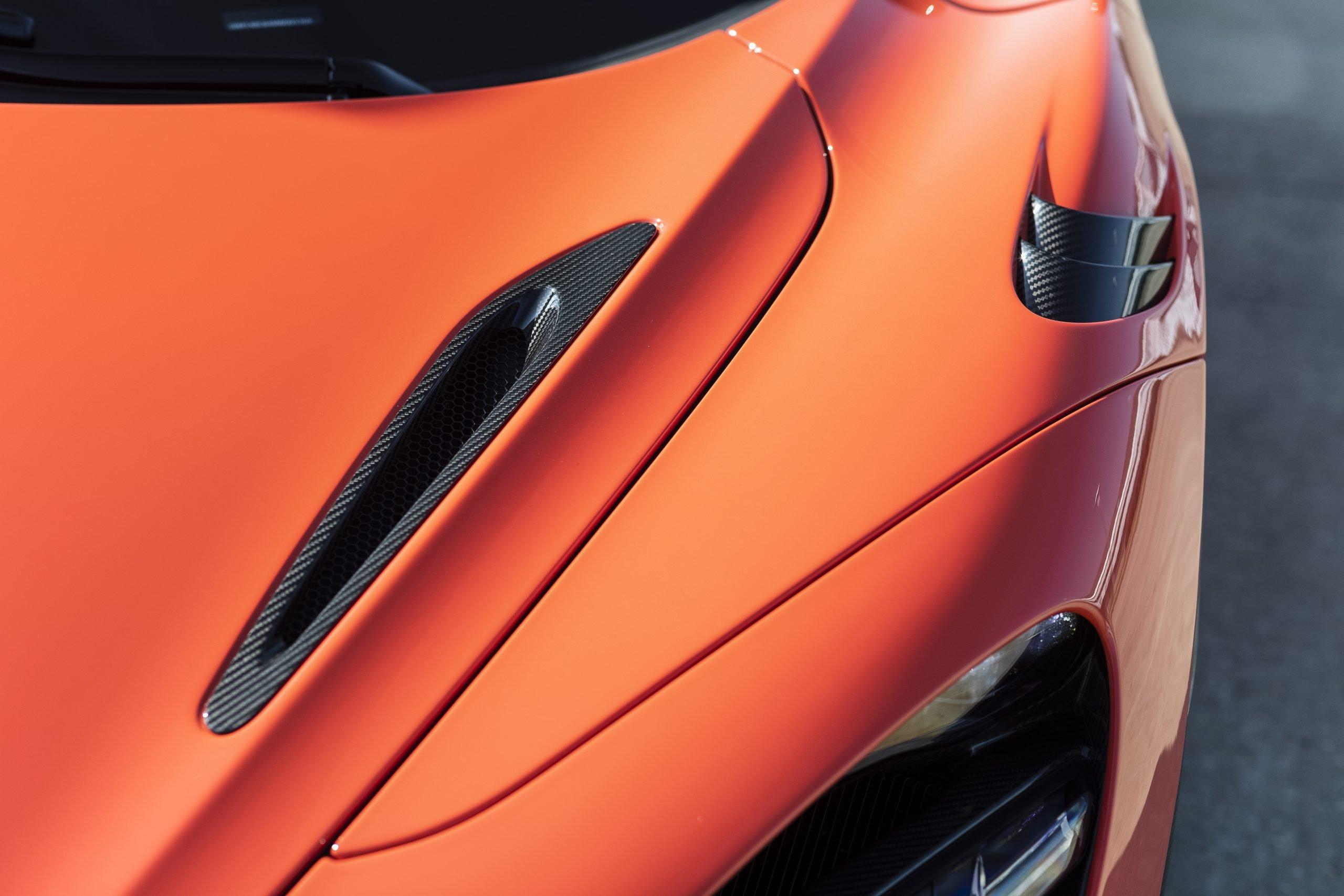 2021 McLaren 765LT Hood Vent