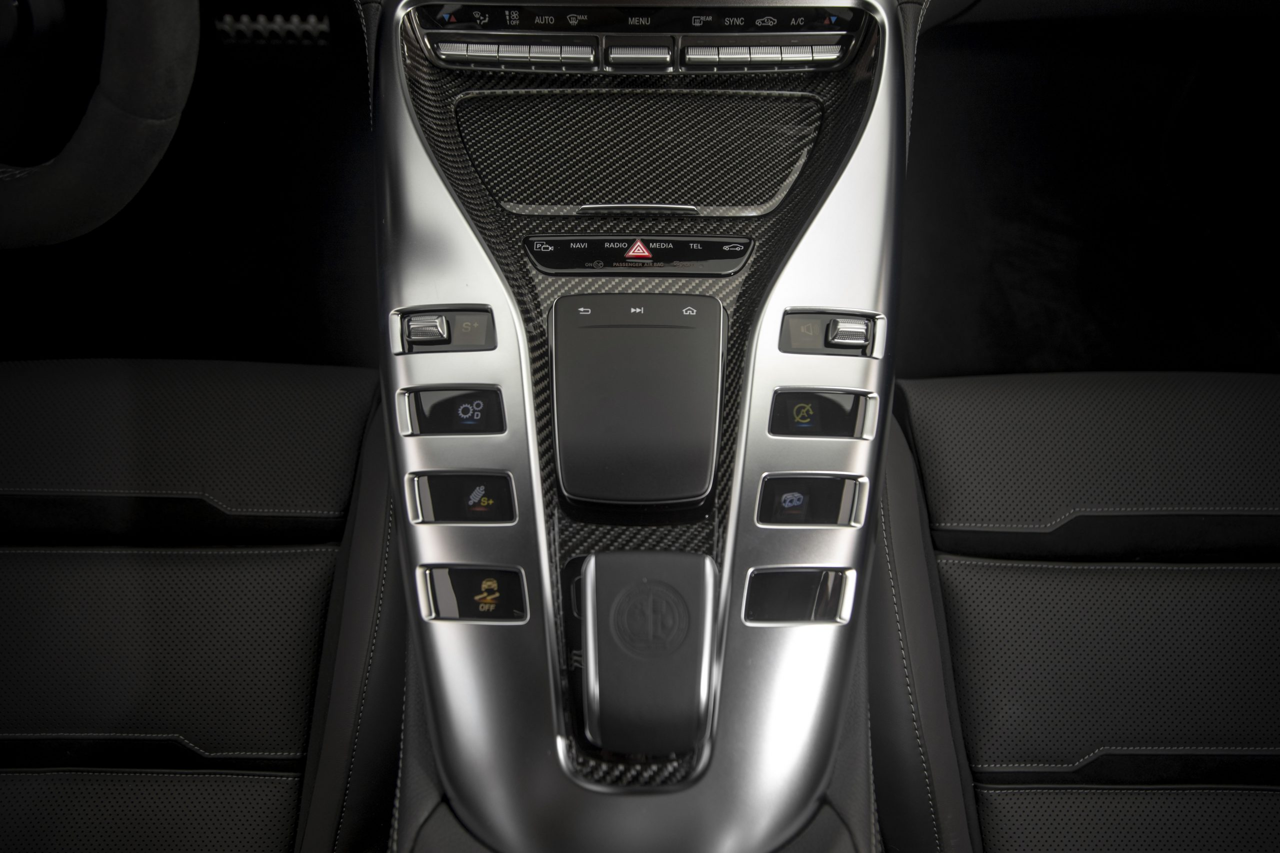 2021 Mercedes-AMG GT 63 S Center Console