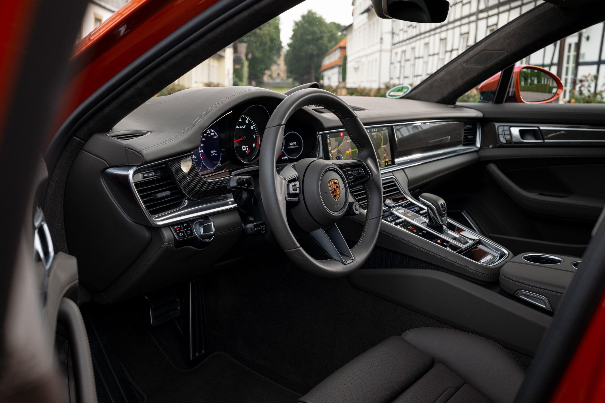 2021 Porsche Panamera Turbo S Interior