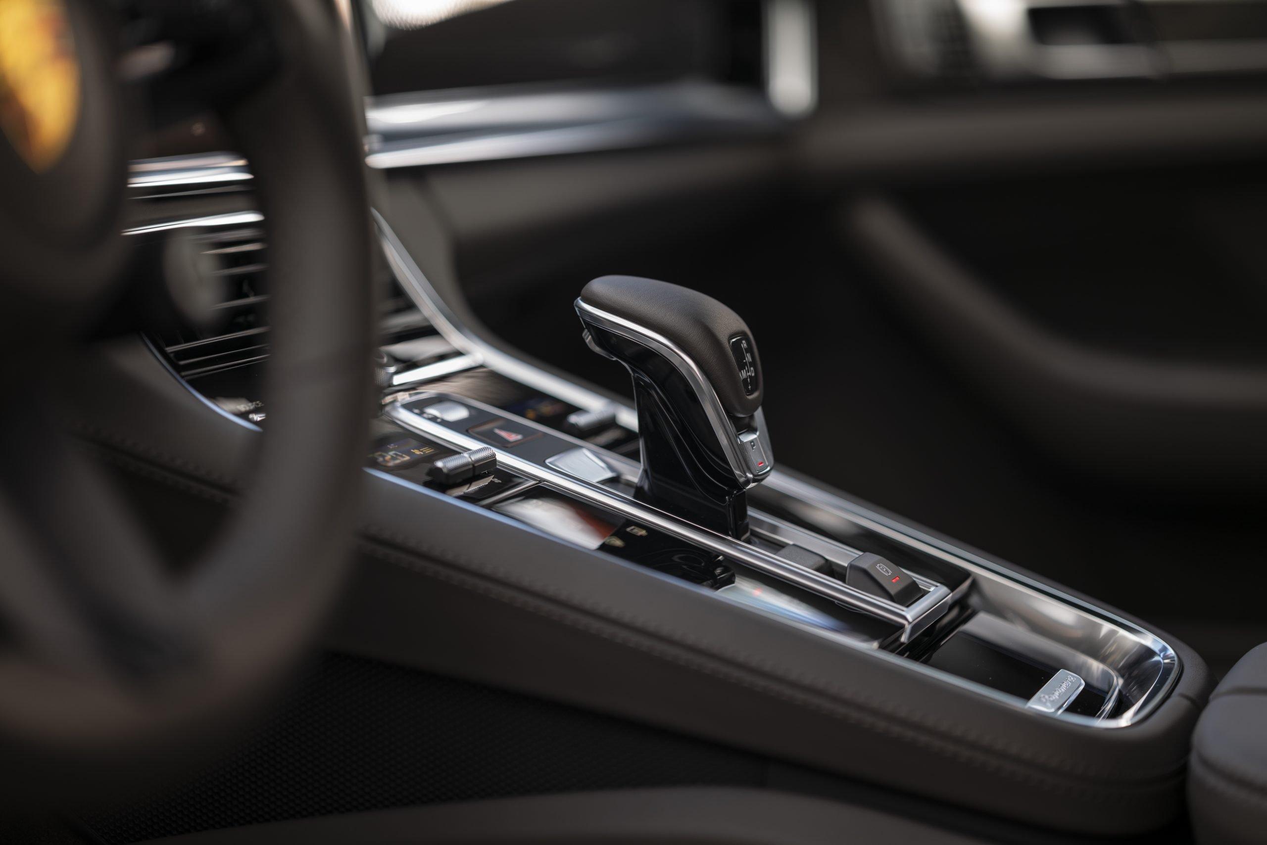 2021 Porsche Panamera Turbo S Center Console